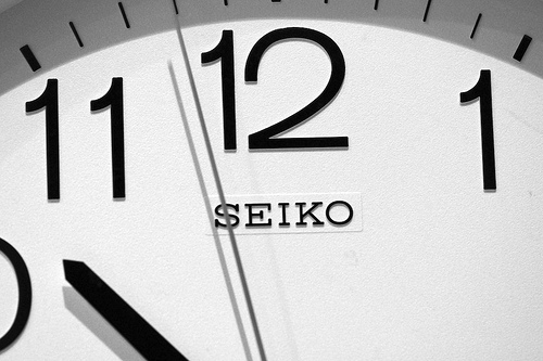 Uhr: Earls37a - Creative Commons