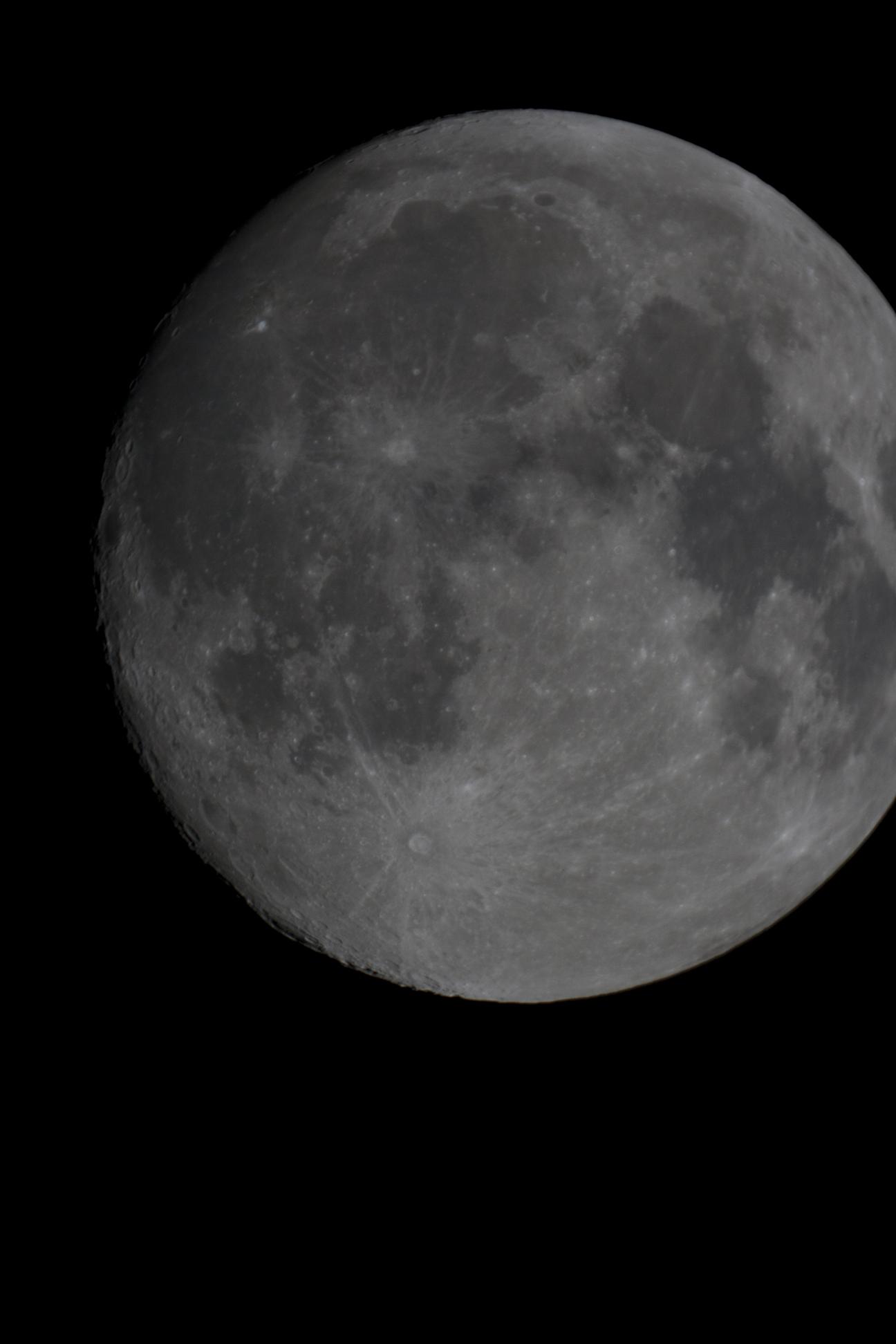 Mond_20150926