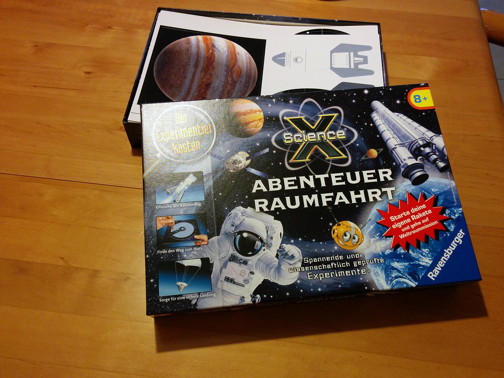 Credit: Ute Gerhardt, Experimentierkasten Abenteuer Raumfahrt